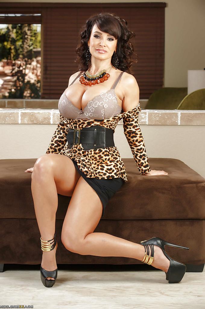 Lisa Ann big boobs 5 - Lisa Ann Pornstar Hot Fucking XXX Photos