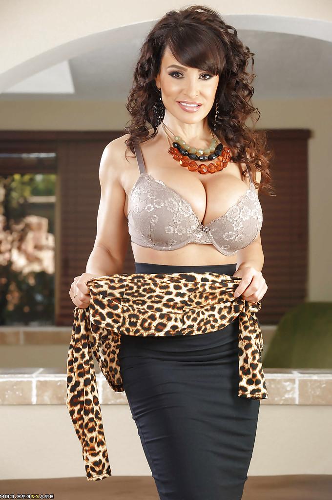 Lisa Ann big boobs 7 - Lisa Ann Pornstar Hot Fucking XXX Photos