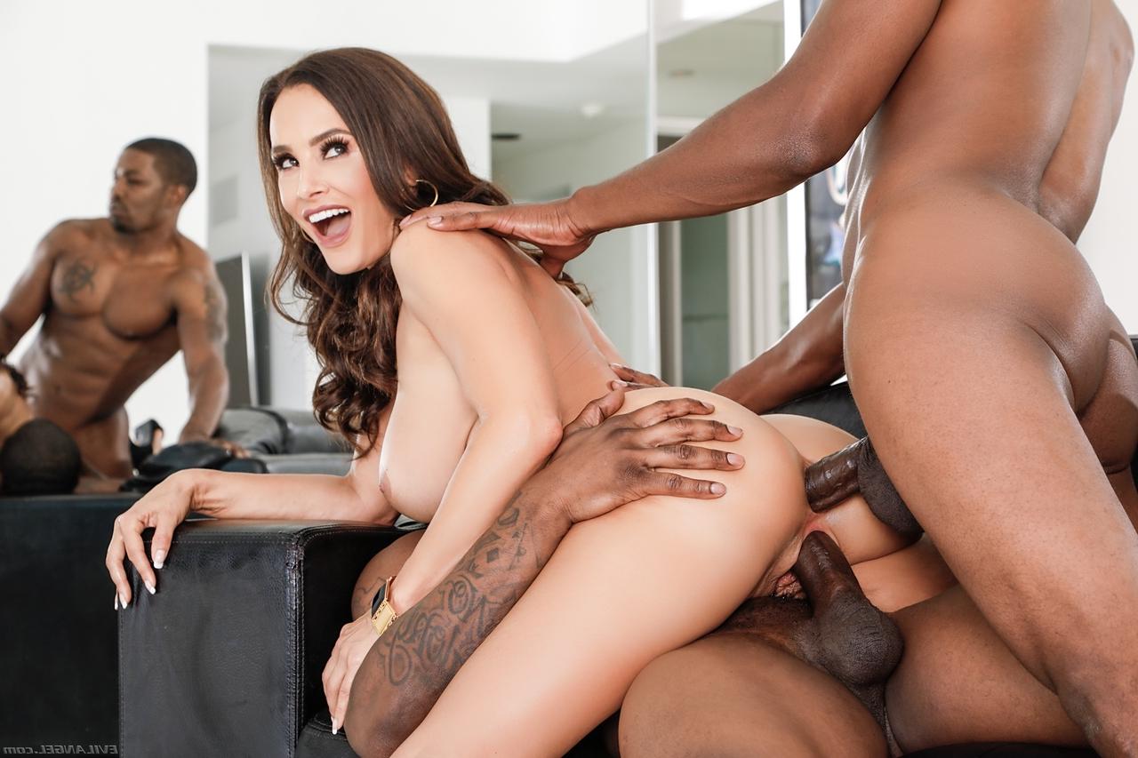big tits Lisa Ann 11 - Lisa Ann Pornstar Hot Fucking XXX Photos