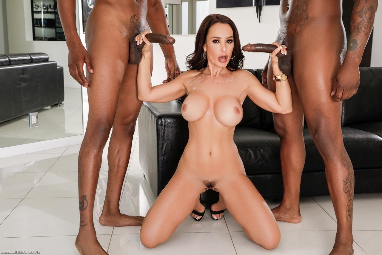 big tits Lisa Ann 15 - Lisa Ann Pornstar Hot Fucking XXX Photos