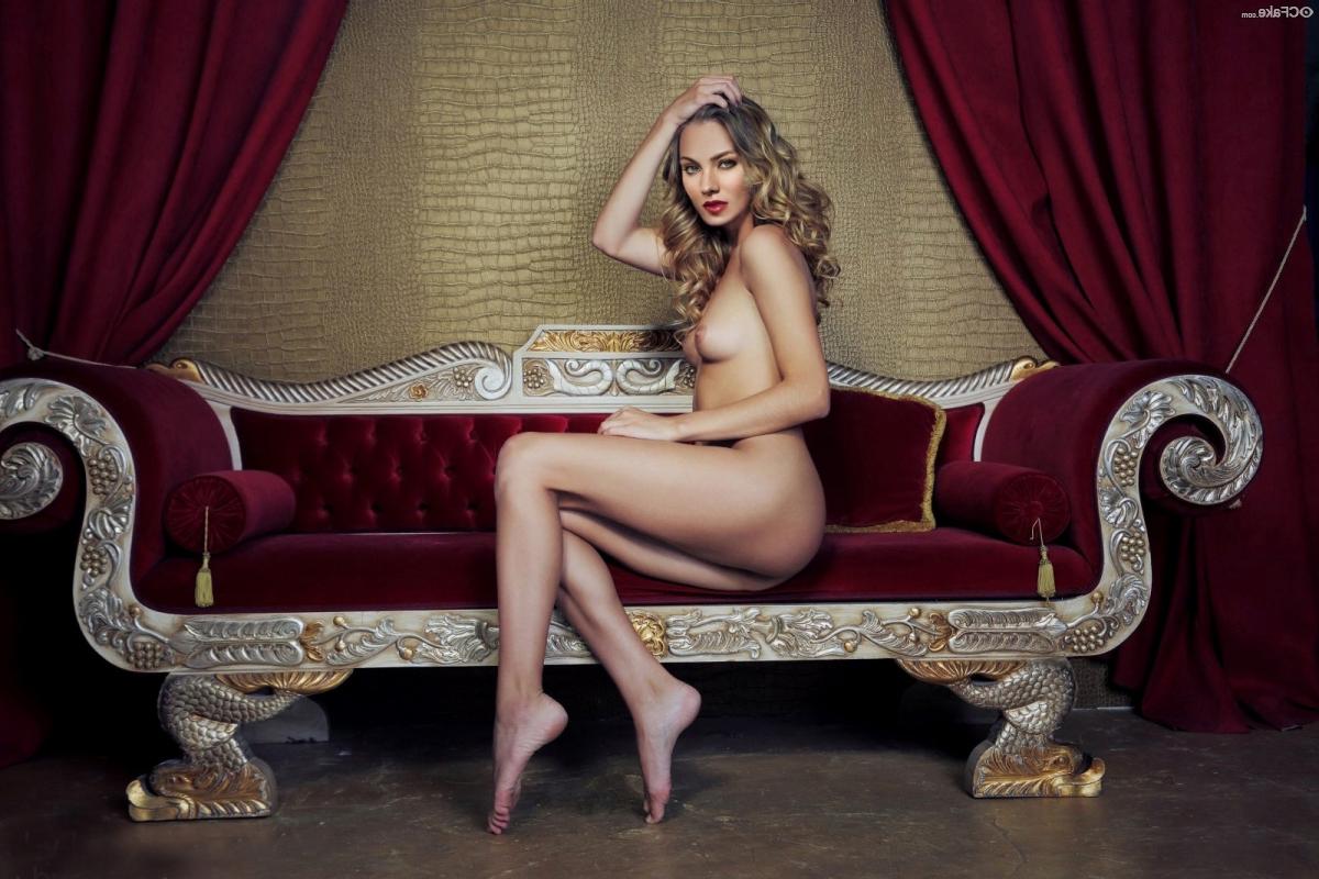 Skyler Samuels Nude fakes 1 - Skyler Samuels Nude Porn XXX Fakes Pics