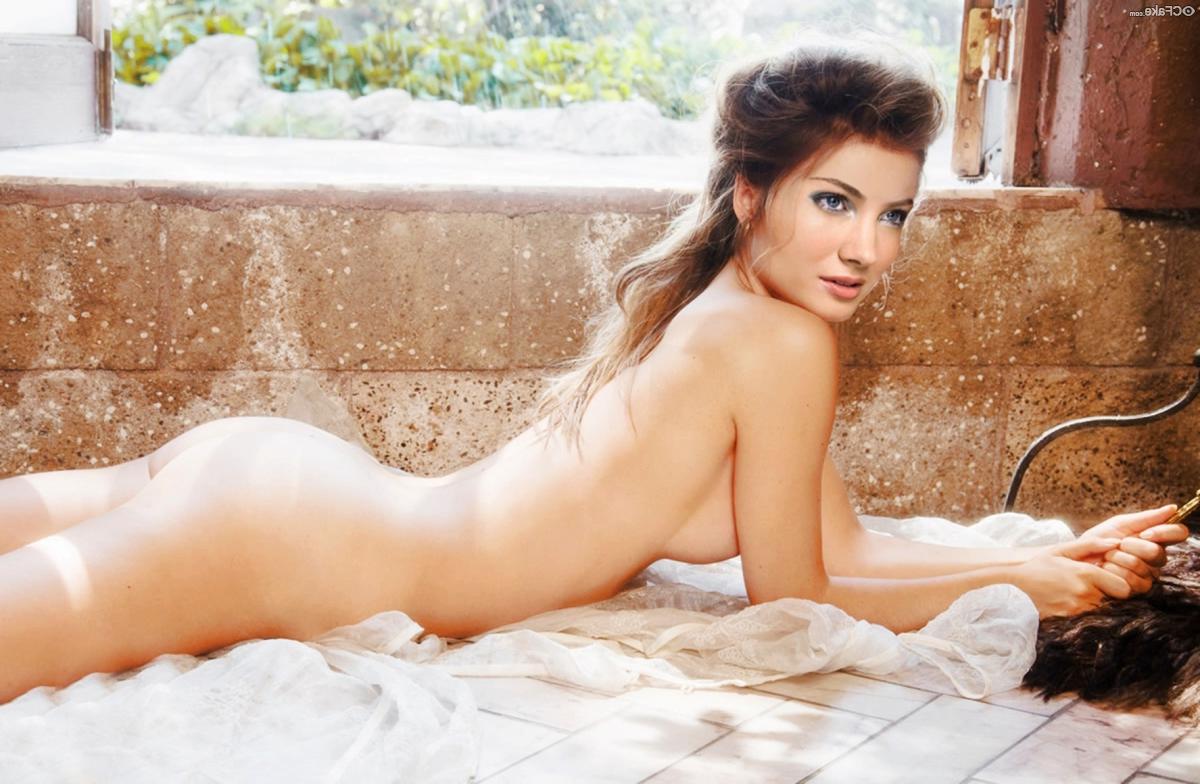 Skyler Samuels Nude fakes 6 - Skyler Samuels Nude Porn XXX Fakes Pics