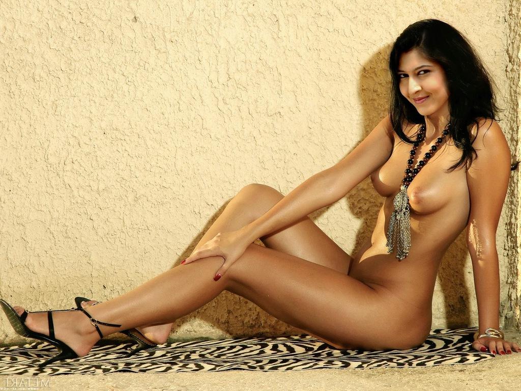 Sonarika Bhadoria Nude Photos 4 - Sonarika Bhadoria Nude XXX Chudai Porn Pics