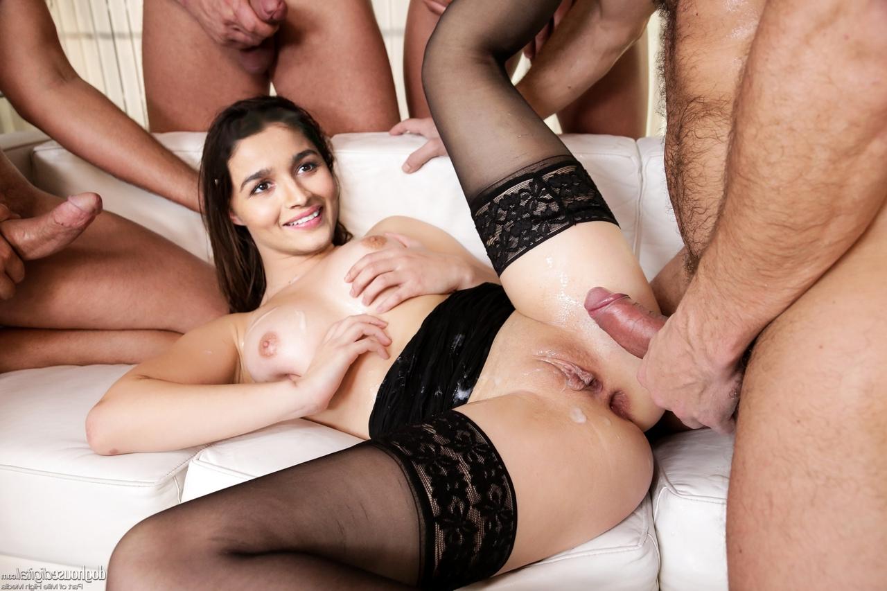 AliaBhattGroupSex - Alia Bhatt Nude Porn Sex XXX Photos