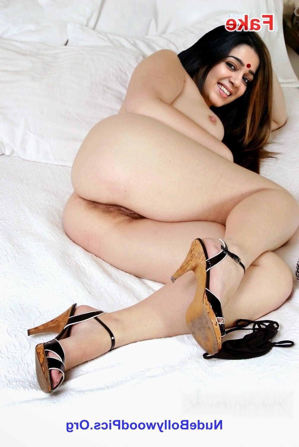 Charmi nude ass on bed - Charmy Kaur Nude Chudai Fucking Photos