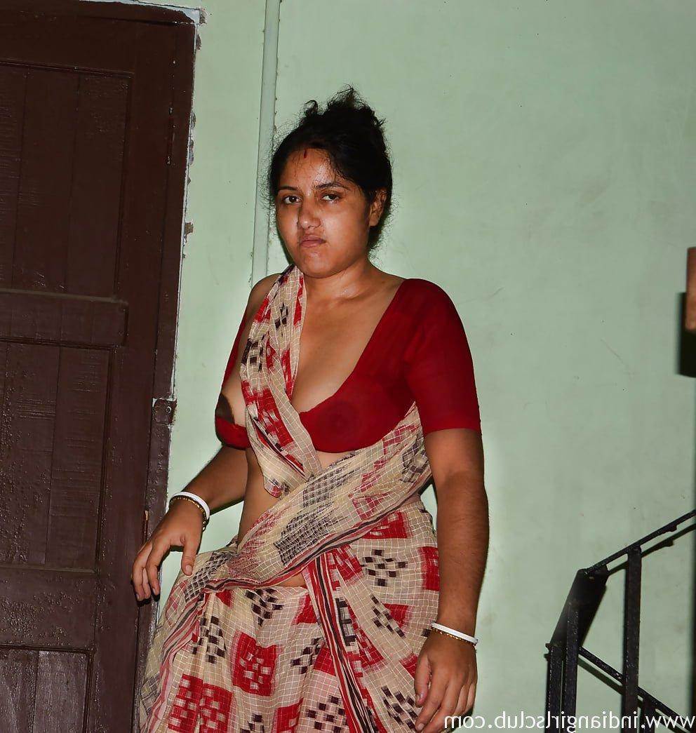 Indian Wife Bhabhi porn nude 4 - Indian Wife Bhabhi Nangi Photos Naked Pussy Pics