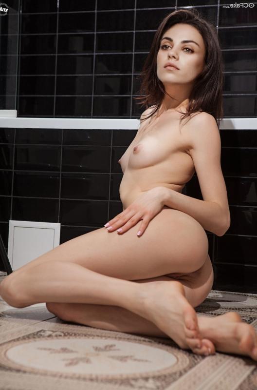 fakes Mila Kunis porn 39 - Mila Kunis Nude XXX Porn Sex Fucking Pictures