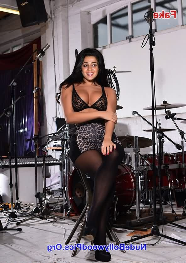 fakes photos Charmy Kaur 1 - Charmy Kaur Nude Chudai Fucking Photos