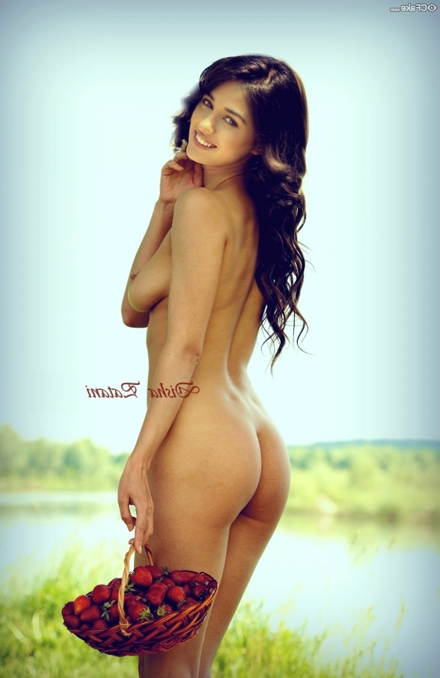Disha Patani Nude Photos 13 - Disha Patani Nude Boobs XXX Pussy Sex Photos