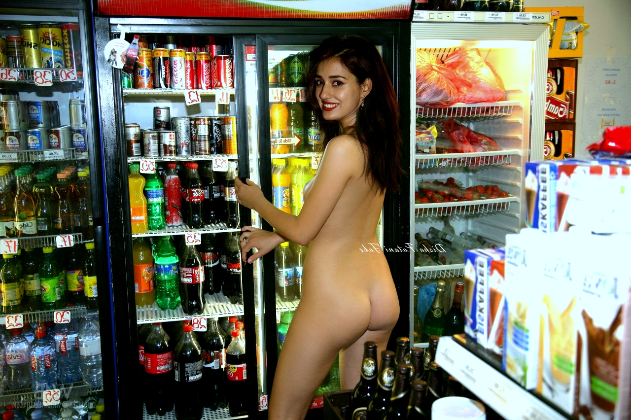 DishaPataniAssBoobsNipples - Disha Patani Nude Boobs XXX Pussy Sex Photos